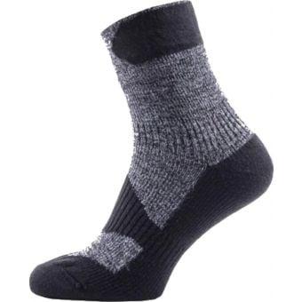 SealSkinz Walking Thin Ankle Length Socks Grey/Black