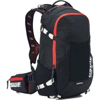 USWE Flow 25 Protector Hydration Pack Carbon Black