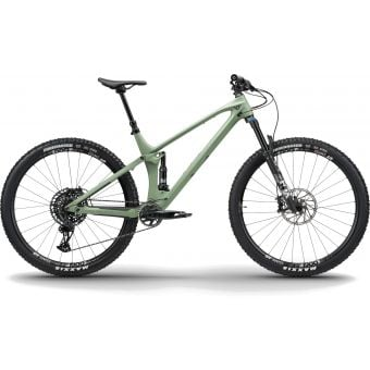 YT IZZO Core 3 29 Carbon MTB Assault Green